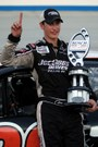 Logano_trophy_1_dover_sept_2007_thu