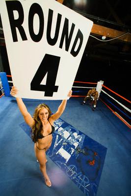 Ring_girl_round_4